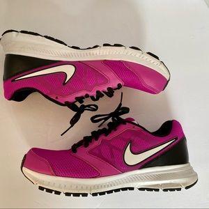 Nike Downshifter 6 Size 8